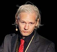 Julian_Assange_20091117_Copenhagen_2_cropped_to_shoulders.jpg